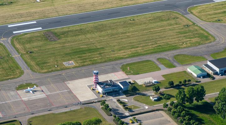 Realisatie luchtverkeersleiding Lelystad Airport