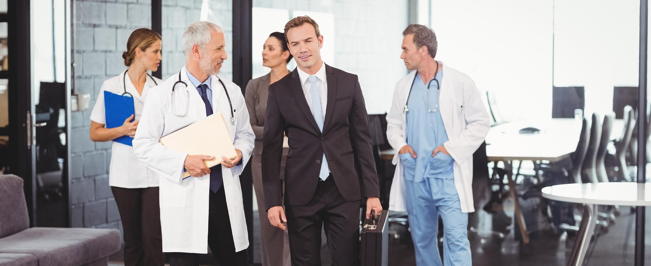 Waarom een bedrijfskundige en geneeskundige elkaar niet begrijpen